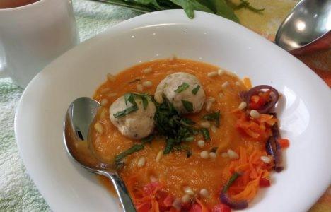 Овощной крем суп с фрикадельками